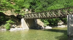 Γέφυρα Μπέλεϋ, ένα μεγάλο σιδερένιο παζλ